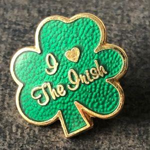 🌸Shamrock Pinback Lucky Green Irish Love